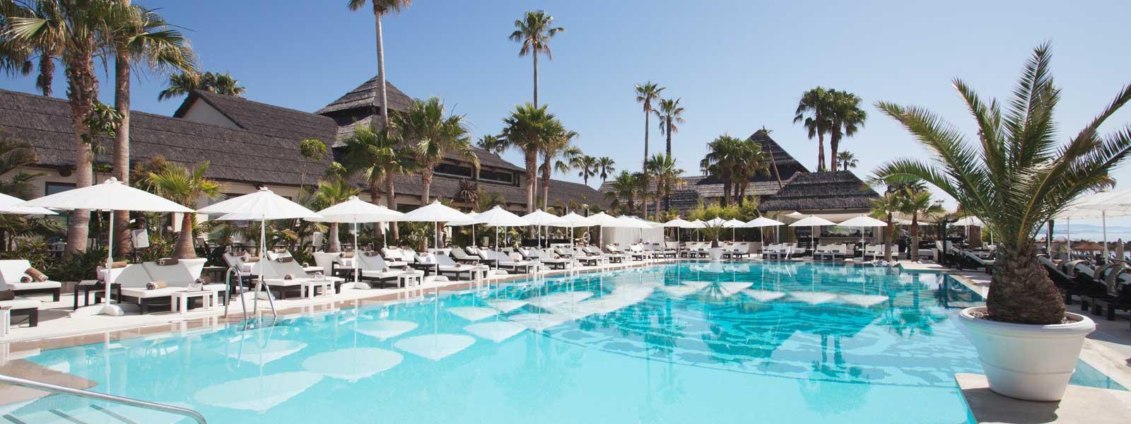 beach clubs in marbella
