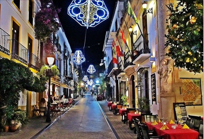 christmas-in-marbella-nevado-realty-real-estate-4-700x477