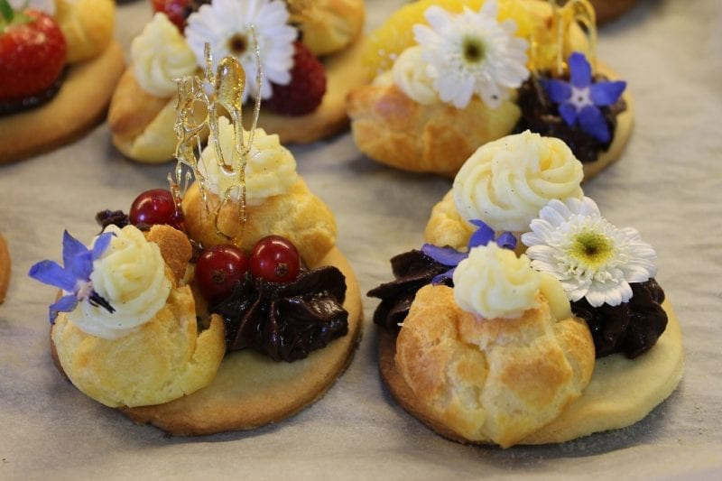 12 Just Desserts in France 6