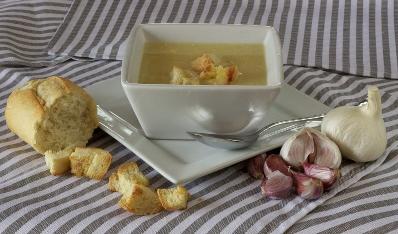 vegetarian garlic soup